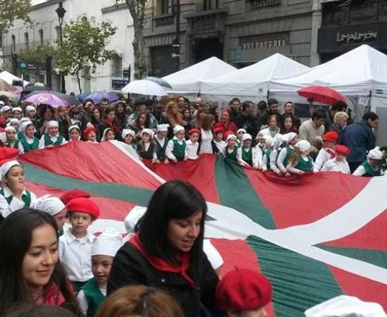 Buenos Aires Celebra: bertako euskaldunen ospakizun bikaina