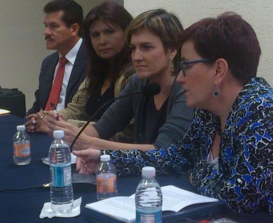 Karmele Jaio irakurletza sustatzeko topaketetan Mexikoko FIL azokan